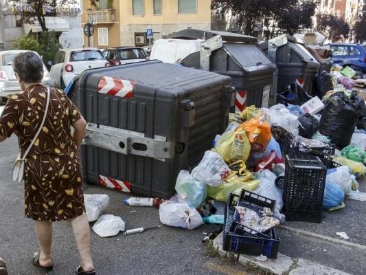 Sulla gestione dei rifiuti Roma Roma è davvero messa così male?