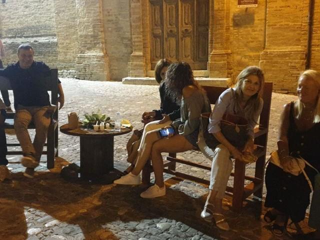 """Un successo l'iniziativa """"Un bicchiere per Loro"""": prove generali per il Festival del Vino Cotto"""