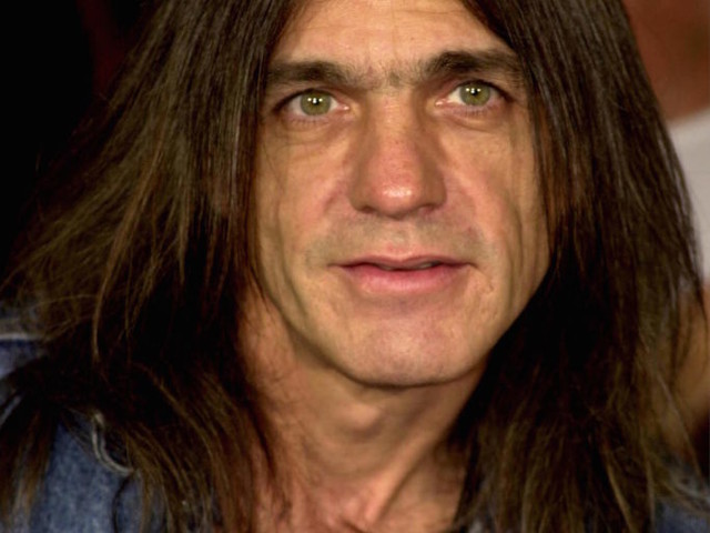 È morto Malcolm Young, il chitarrista e co-fondatore degli AC/DC