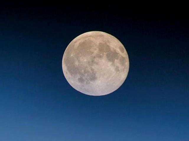 Calendario Lunare Novembre 2019: date luna piena, segni zodiacali, quando tagliare i capelli, parto, semina