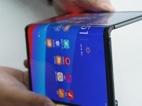 Rassicurazioni sull'uscita del Huawei Mate X, scacco matto del pieghevole sul rivale Samsung?