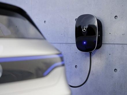 Colonnina ricarica auto elettrica condominio: regole e prezzi | GUIDA