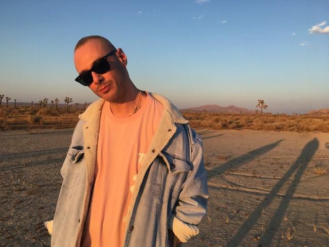 Fabri Fibra, il video del nuovo singolo «Stavo pensando a te»
