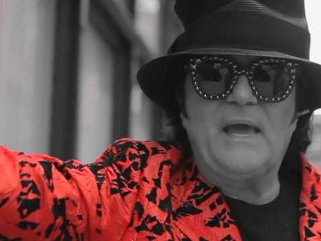 Diffuso illegalmente il nuovo singolo di Renato Zero, perché la passione non può giustificare la pirateria