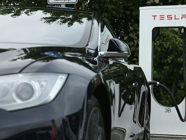 Next Up, Tesla Will Take on 7-Eleven