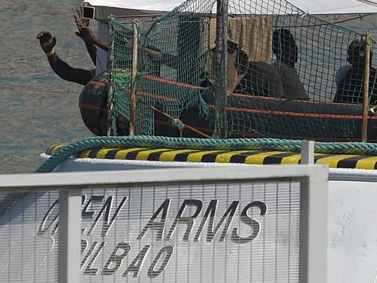 Cosa dicono le perizie sullo stato di salute dei migranti sulla Open Arms