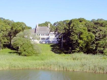 Beyonc eacute e Jay Z hanno acquistato una super villa da 26 milioni di dollari