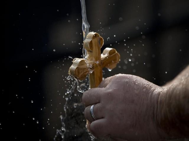 I cristiani celebrano la Messa dove fu battezzato Gesù Cristo