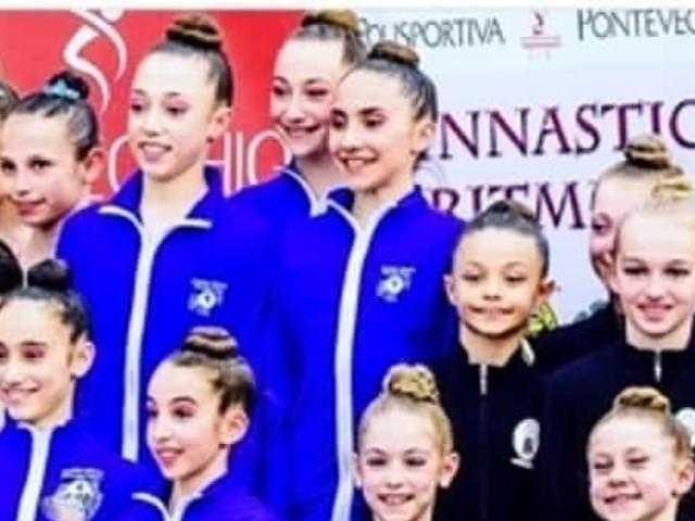Ginnastica ritmica, le atlete dell'Endas Cervia campionesse regionali
