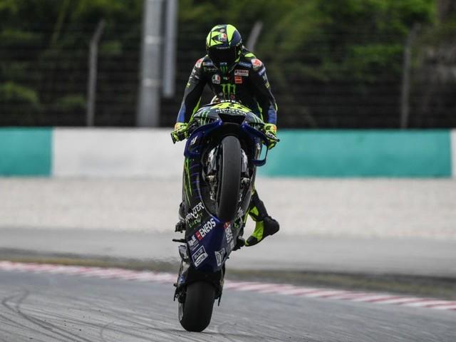 LIVE MotoGP, GP Valencia 2019 in DIRETTA: Yamaha scatenata, ma che fatica per Valentino Rossi!