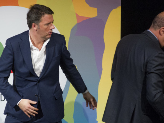 """""""Faremo al Pd ciò che Macron ha fatto ai socialisti"""", promette Renzi"""