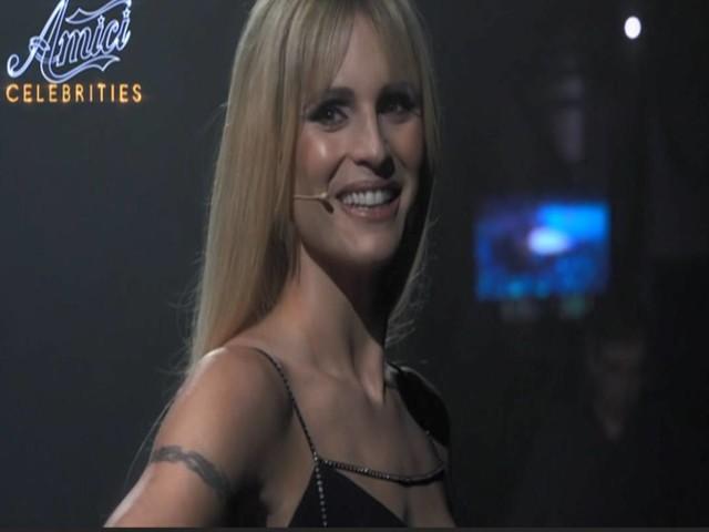 Amici Celebrities, Michelle Hunziker prende il posto di Maria De Filippi: ecco svelato il motivo