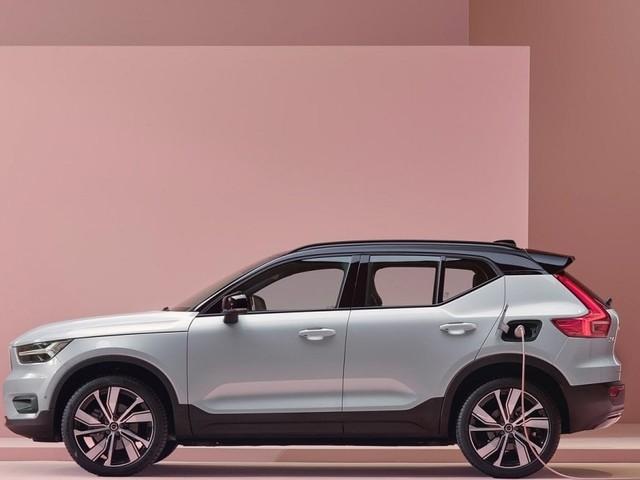 Volvo, XC40, arriva la versione ibrida