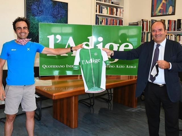 La grande tenacia di Michele Grieco, ciclista paralimpico impegnato nel giro del Trentino con l'Adige
