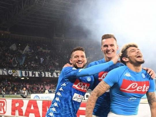 Bel Napoli al San Paolo: 4 gol ad una indomabile Udinese. Grande Mertens, paura per Ospina