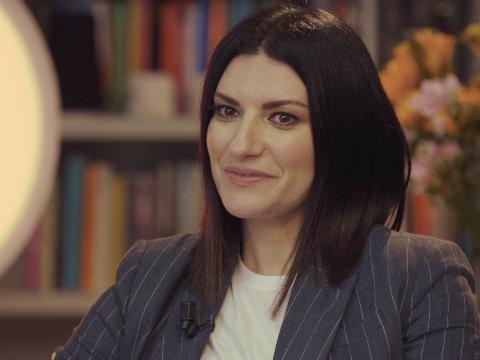 """Un Golden Globe per Laura Pausini, e il miglior film dell'anno è """"Nomadland"""""""