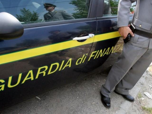 Reggio Calabria, bancarotta fraudolenta: obbligo di dimora per titolare di impresa operante nel settore farmaceutico