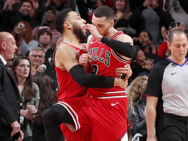 NBA, risultati della notte: Clippers battuti nel finale a Chicago, Milwaukee fa 18 in fila