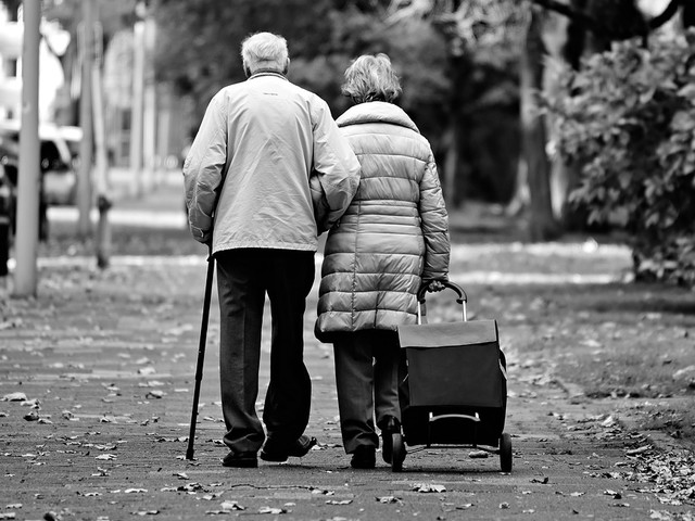 """Germania, un rapporto rivela: """"I pensionati tedeschi diventeranno sempre più poveri"""""""