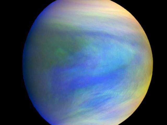 Le Nuvole di Venere mettono in scena una spettacolare varietà di temperature