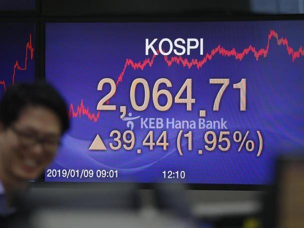 Borsa: Asia cauta in attesa voto su May