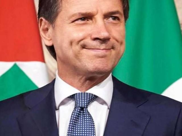 Sottrarre sei senatori a Italia Viva. La mossa di Conte per salvare il Governo