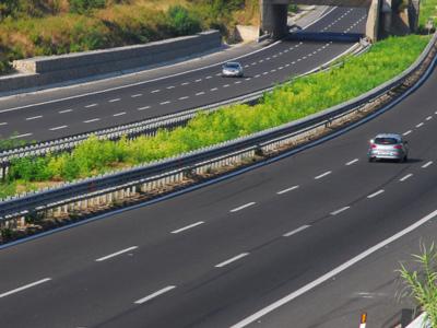 """Raddoppio ferroviario, soliti vecchi schemi. M5S: """"Lo si collega sempre all'autostrada fantasma"""""""