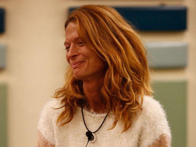 """Jane Alexander confessione: """"Non mi sforzo, mi voglio bene lo stesso"""""""