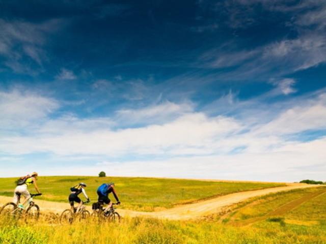 Viaggi in bicicletta: le ciclovie più cliccate sul web in Italia
