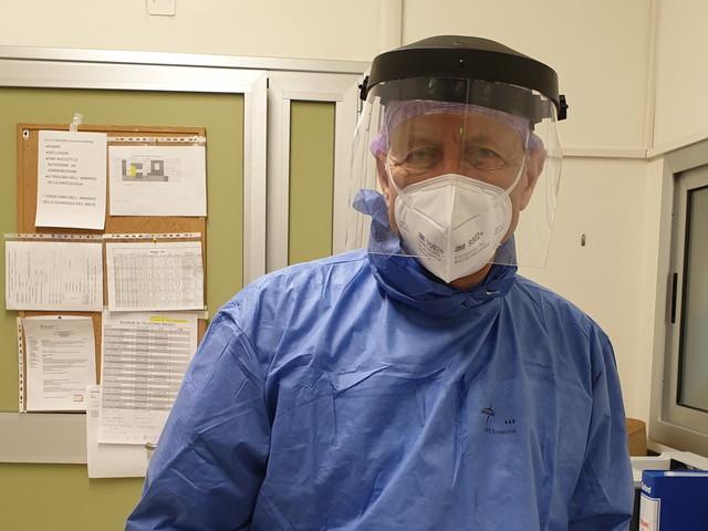 """Coronavirus, medico rientra in servizio dopo 9 anni di pensione: """"Io, tra i primi a scendere in trincea"""""""