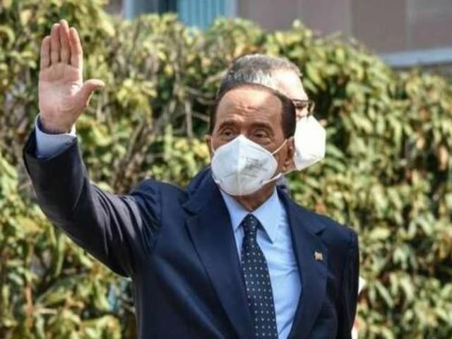 """Come sta Berlusconi? Il legale: """"Condizioni di salute peggiorate"""""""