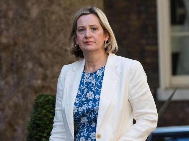 Regno Unito, si dimette la ministra del Lavoro Amber Rudd