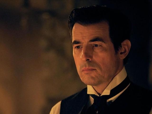 Primo trailer della serie tv Dracula, dai creatori di Sherlock una spaventosa rivisitazione del romanzo di Bram Stoker (video)