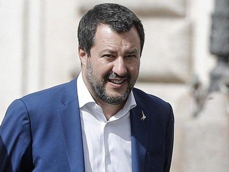 """Reddito di cittadinanza, Salvini: """"Va rivisto, così non si assume"""""""