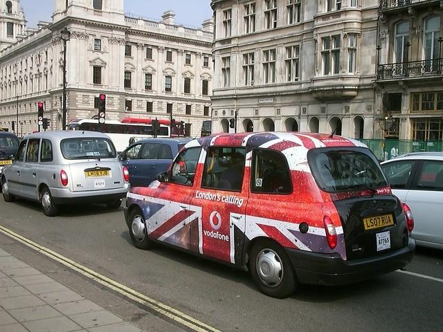 Regno Unito: stop alle vendite delle auto endotermiche già nel 2030