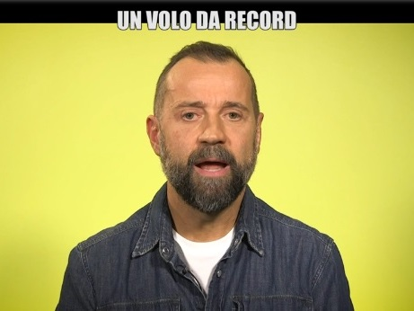"Fabio Volo attacca Salvini: ""Vai a citofonare ai camorristi se hai le pa..e"""