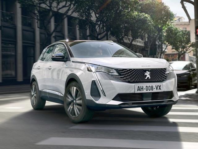 Peugeot 3008, il restyling concilia estetica e contenuti