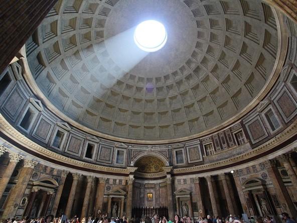 Roma, al Pantheon si pagherà il biglietto di ingresso