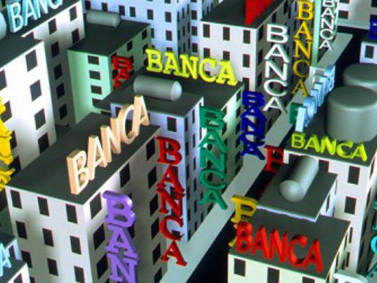 Banche italiane, OW: nei prossimi 5 anni ricavi in calo del 10-15%