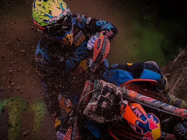 Con MXGP Pro, il motocross corre sul circuito del realismo