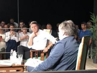Matteo Renzi in Calabria: «No alla cultura del mugugno» e rilancia: «Questa costa, questo mare sono straordinari»