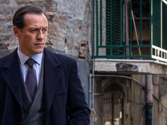 1994, dal 4 ottobre torna la serie con protagonista Stefano Accorsi: trama e trailer del capitolo finale della trilogia targata Sky
