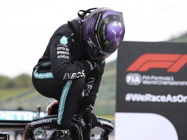 F1, Lewis Hamilton e la facilità di rimontare quando hai a disposizione una macchina superiore
