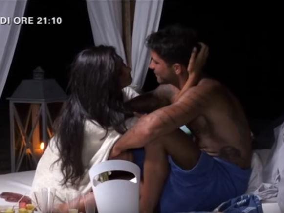 Temptation Island 4, anticipazioni quarta puntata: Francesca rivede Ruben, falò di confronto tra Alessio e Valeria, Sara contro Nicola...