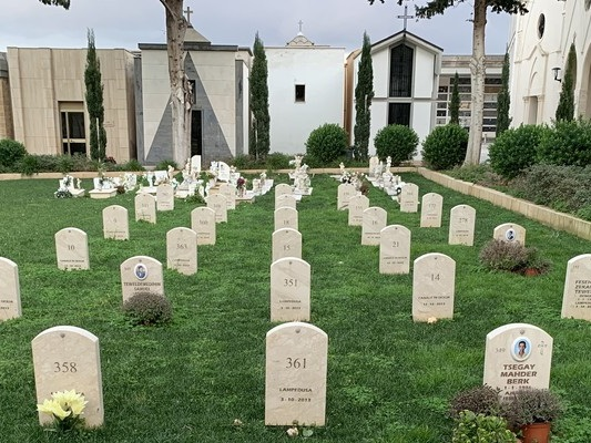 Il vademecum su funerali e cremazioni voluto dalla Lega