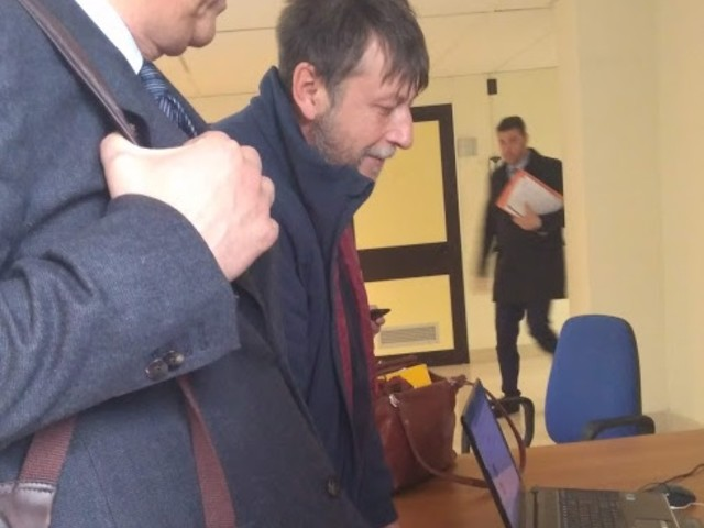 """Mare Jonio, Casarini attacca Salvini: """"Miserabile vendetta"""""""