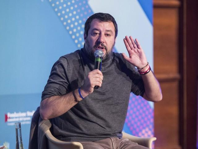 """Salvini: """"Con il Mes ci sarò cessione sovranità. Risparmi italiani a rischio"""""""