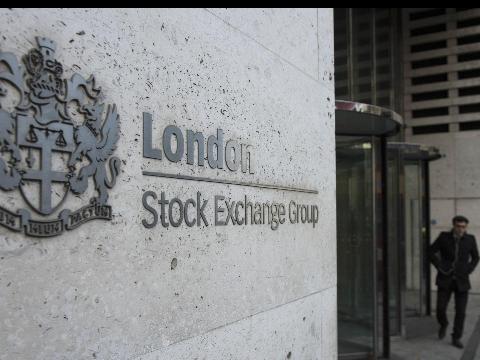 Borsa:Europa riduce calo con Wall Street