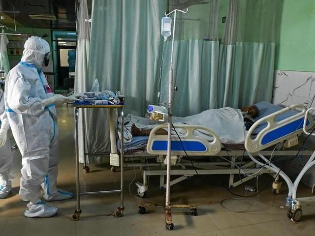 Cure gratuite ai pazienti long Covid, il piano di Speranza costa 50 milioni