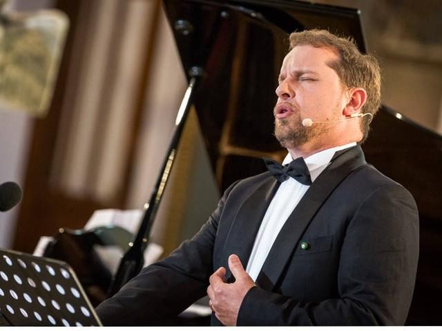 """Il tenore Marco Voleri: """"Canto la felicità, nonostante la sclerosi multipla"""""""